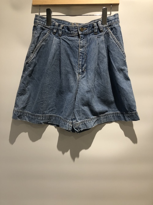 「used」Liz wear Denim Shorts